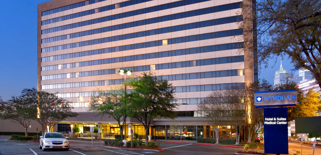 exteriorwyndham-houston-medical-center-hotel-and-suites1-top